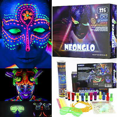 NeonGlo - 220 pcs party kit with Glowing Stick Bracelets, 3D and glow ball Conne