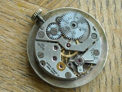 MARVIN movement cal. 2402 for parts.