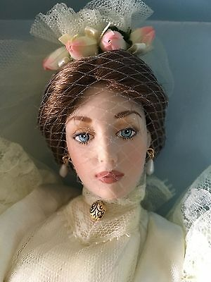 "FRANKLIN MINT Gibson Girl 16"" Vinyl DOLL LILLY BRIDE in Wedding Ensemble NRFB"