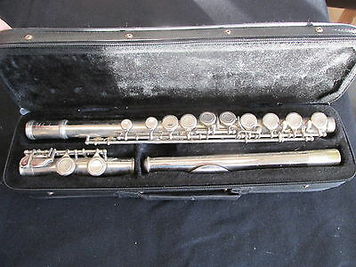 Windsor Silver Plated Flute Suit Student Beginner - Cased - USED