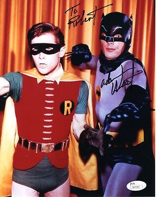 ADAM WEST AUTHENTIC SIGNED 8x10 PHOTO          BATMAN         SIGNED TO ROBERT