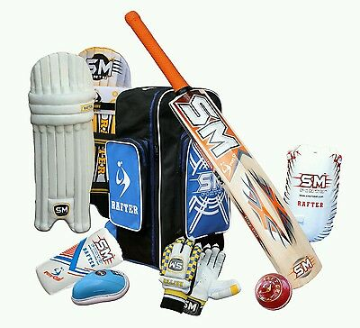 Full Cricket kit Junior/kids size 5. Bat, pads, helmet, gloves, &much more