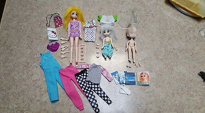 Lot of 3 Obitsu Jointed Dolls With Clothing/Assessories Lot