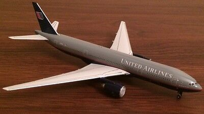 Gemini Jets 1:400 UNITED AIRLINES Boeing 777-200