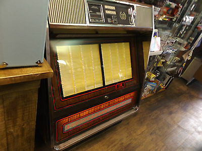 ROWE AMI JUKEBOX MACHINE- WORKING with records included