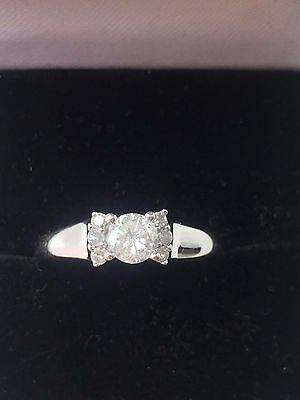 18k White Gold 0.40CT SI1/SI2 Diamond Solitaire Ring - STUNNING
