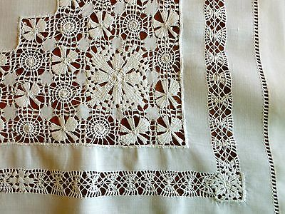 Fine Vintage Linen Tablecloth Teacloth Topper Drawnwork Tenerife Lace