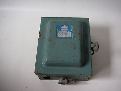 Crouse Hinds 30 Amp 120/240V AC Switch 1/4 HP #1133 Fuse Box electrical