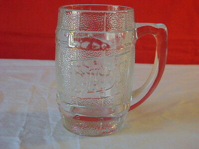 "Dad's Rootbeer 16 Ounce Glass Mug ""D"" Handle"