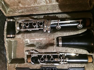 Clarinet Buffet  E12