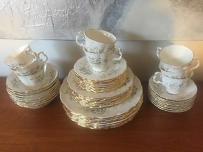 Royal Albert  Haworth 48 piece Dinner Set