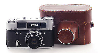 VINTAGE FED 4 Camera  with a 53mm f2.8 lens (1038)