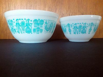 Pyrex Turquoise Amish Butterprint Nesting mixing Bowl 401 402 Set 2 blue