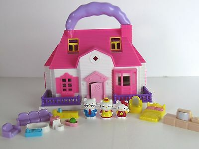 Hello kitty 2011 sanrio blue-box  house playset with figures + furniture