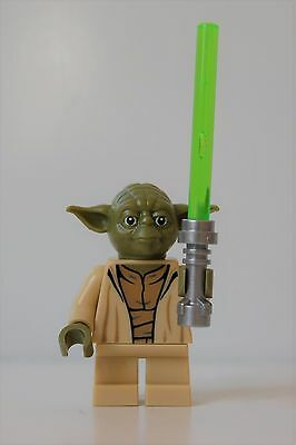 NEW Genuine Lego 75168 Yoda minifigure split from Star Wars Jedi Starfighter