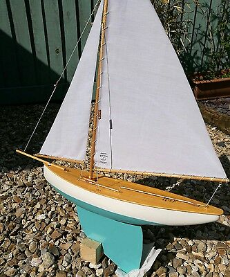 Hand Crafted, Vintage Pond Yacht - Sloop Rigged Free-Sailing Model Boat