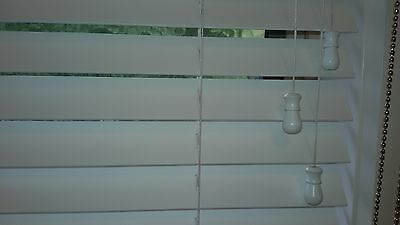 Wooden venetians 64W x 120L - white PICK UP ONLY VIC