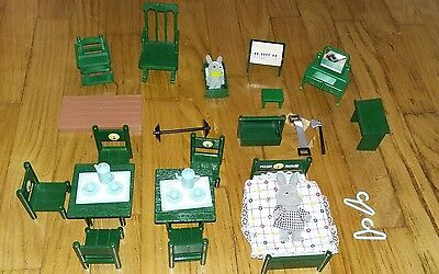 Meuble lit chaise forest families family sylvanian Maple Town petits malins