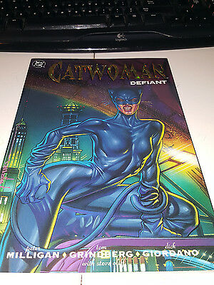 Catwoman: Defiant (Trade Paperback)