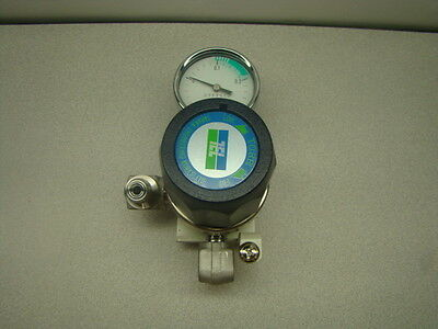 Tanaka Torr-31LU4X Regulator w/ Gauge