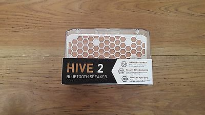KitSound Hive2 Bluetooth Wireless Stereo Speaker for Smartphones - White (Open)