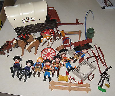 Playmobil WESTERN COVERED WAGON, HORSES, PEOPLE & Extra Small Accessories