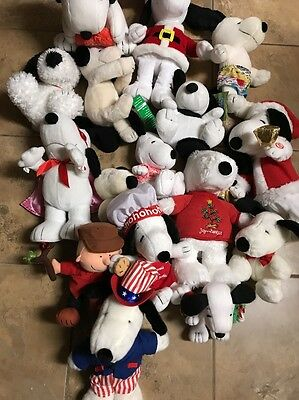 Lot Of 27 PEANUTS PLUSH CLEAN SNOOPY & WOODSTOCK DOLL LOT Some Vtg