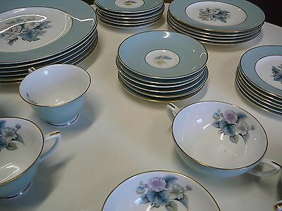 Royal Worcester WOODLAND Dinner & Tea Set