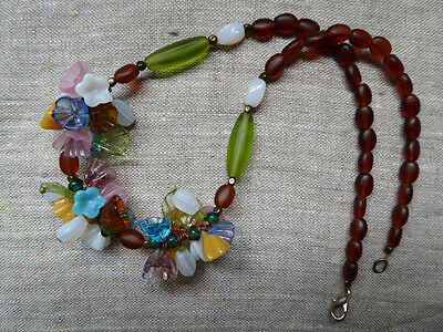 """Vintage French Poured-Glass Flowers Floral Necklace 17"""" Pastel Amber"""