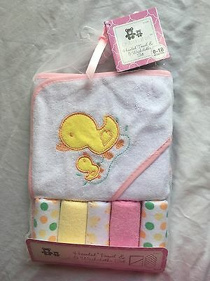 Girls Hooded Towel & 5 Washcloth Gift Set Pink Shower Ducks Bath Baby