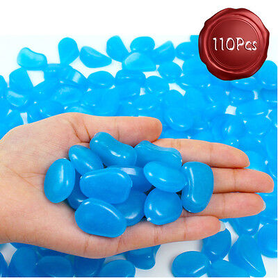 110 Pcs Glow in the Dark Garden Pebbles Deco for Walkways and Decoration in Blue