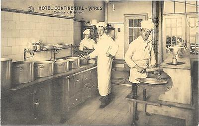Ypres : hotel Continental, cuisine, belle animation