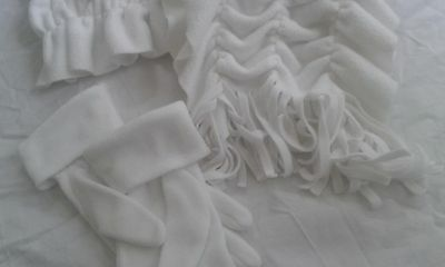 M&S scarf and gloves in white NEW