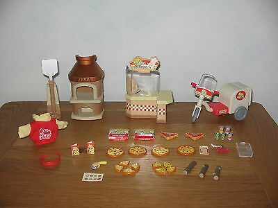 Sylvanian Families Pizza Parlour set - Pizza takeaway with lots of accessories