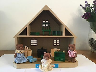 Sylvanian Families Vintage Country Cottage/house, Furniture & 3 Figures