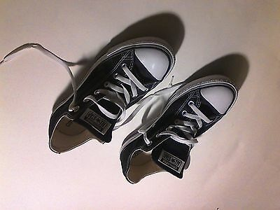 Converse Black Made in USA Low Top Shoes Men's size 8 VERY CLEAN !!!! Athletic