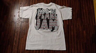 Pearl Jam Vintage concert T-shirt XL Alive 1995 Tour Dates Soldier Field Chicago