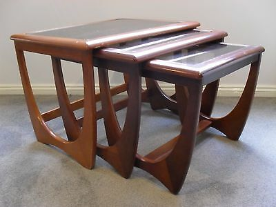 Original Vintage Set Of 3 Nest Kalmar Wooden & Glass Top Coffee Tables