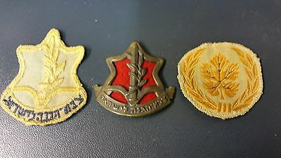 lot 3 scarce 1948-1950 idf items, 2 hat badges and 1 sergeant cloth badge..