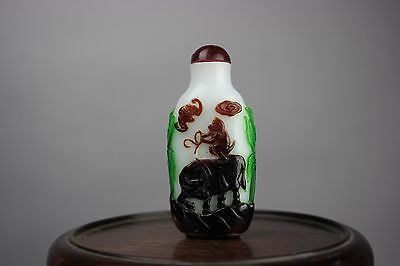 19th/20th C. Chinese Overlay White Glass Snuff Bottle