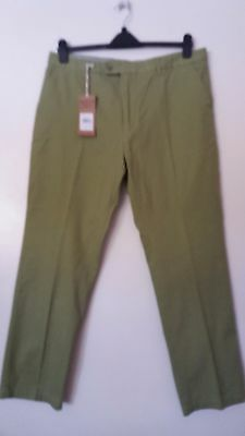 "BNWT men's Sage green 100% cotton Slim-fit CHINOS by SAMUEL WINDSOR W38""/L31"""