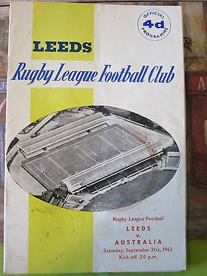 LEEDS RUGBY LEAGUE PROGRAMMES 1960,s AND ASSOCIATED ITEMS