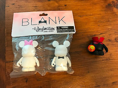 "Vinylmation: ""Love Story"" Blank Minnie Mickey & Headless Horseman Chaser SIGNED"