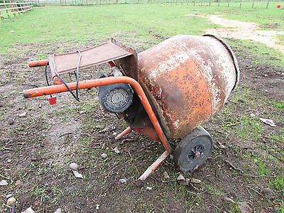 Belle Minimix cement concrete mixer 150 240v with stand