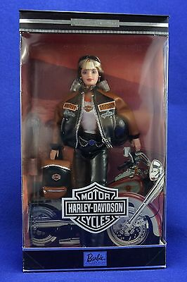 Harley-Davidson Motorcycle Barbie Collector Edition (Mattel 1999). NEW SEALED
