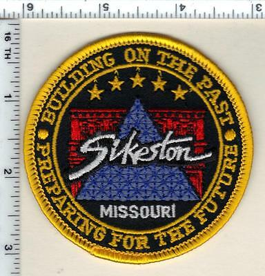 Sikeston Police (Missouri)  new style Shoulder Patch  from 1997