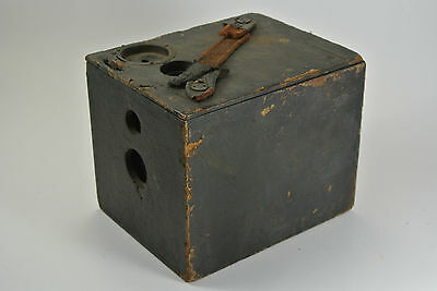 Boston Camera M'F'G. Co. box camera, Pat. dates 1/9/1894 (shutter) and 12/1/1891