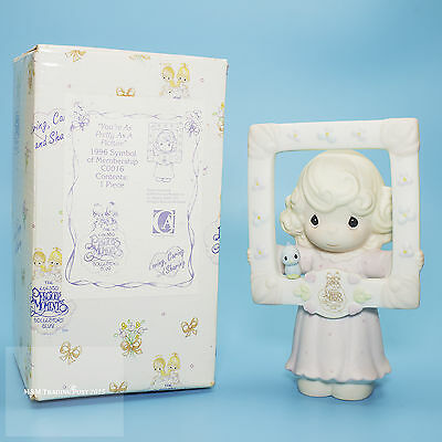 """1996 Precious Moments COLLECTOR'S CLUB """"You're Pretty as a Picture"""" C0016"""