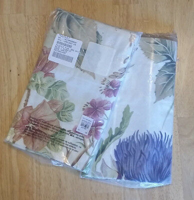 2 Pottery Barn Teen Thistle Floral Standard Shams New (2)