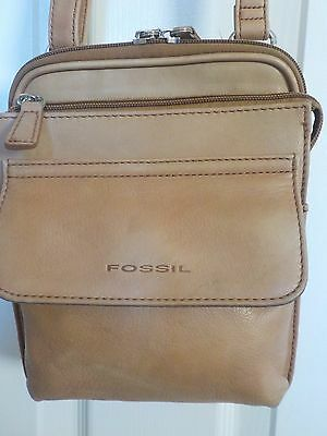 Vintage Fossil Tan / Camel Flap Leather Messenger Crossbody Organizer Bag